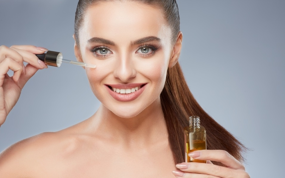 Rejuvenate Mature Skin with Essential Oils